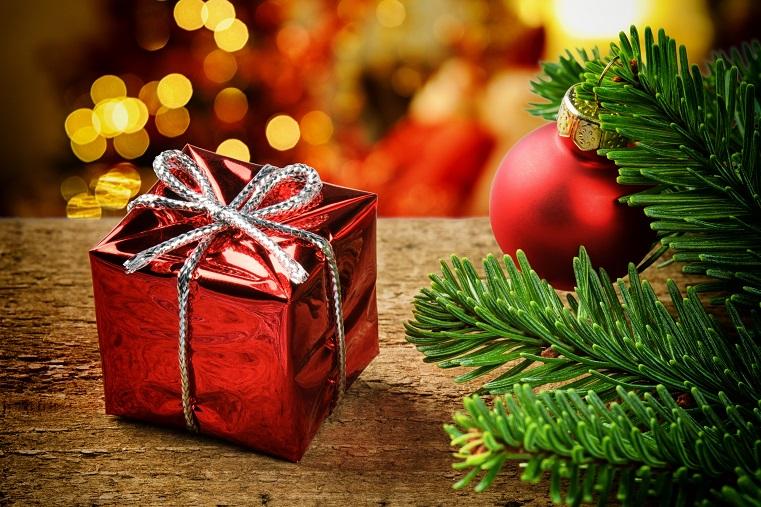 Новый год к нам мчится. Социологи оценили затраты на россиян на подарки