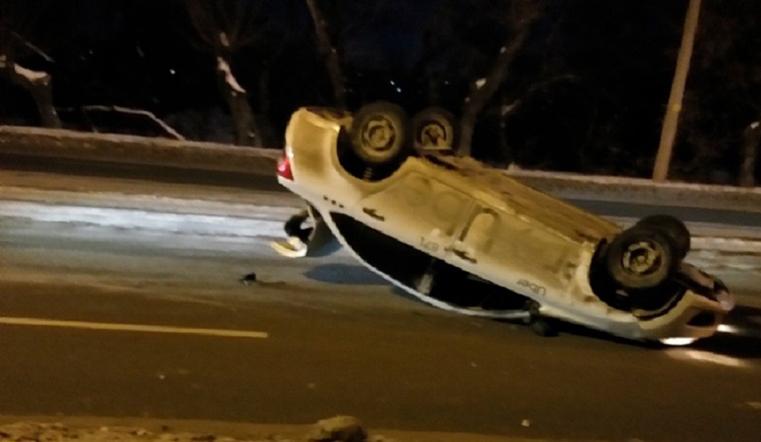 Такси-перевертыш. Жуткая авария произошла в Челябинске