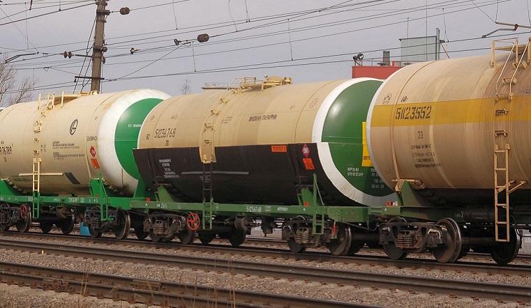На вокзале в Челябинске произошла утечка реактивного топлива