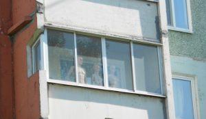 Парень украл с балкона тренажер