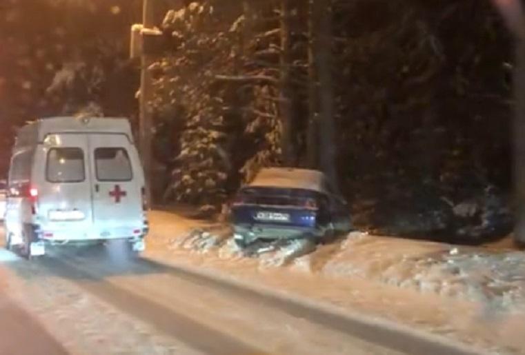 Проклятое место. Несколько ДТП произошло на одной дороге на Урале ВИДЕО