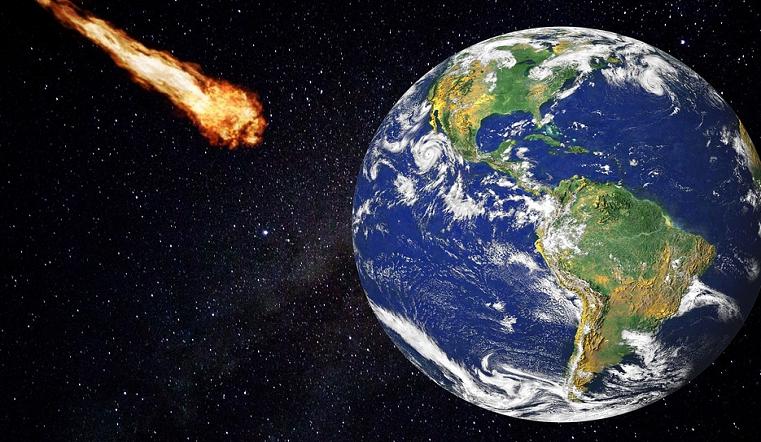 Опасная близость. Ученые сообщили, что к Земле летит огромный астероид