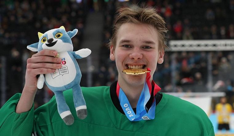 Спонтанная победа. Южноуральский хоккеист выиграл юношескую Олимпиаду
