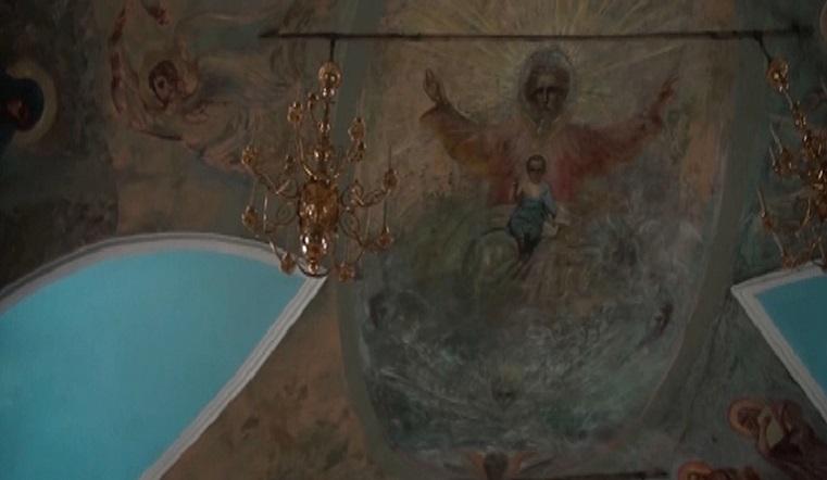 Засияли вновь. В Челябинской области нашли 300-летние фрески