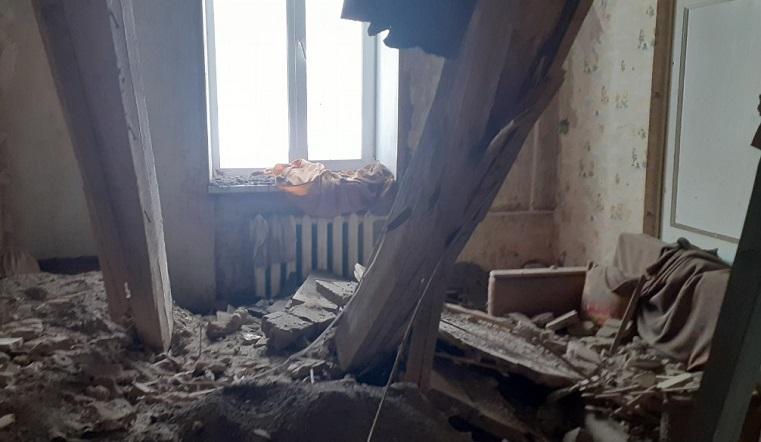 «Потолок задрожал». На Южном Урале в многоквартирном доме обрушились перекрытия