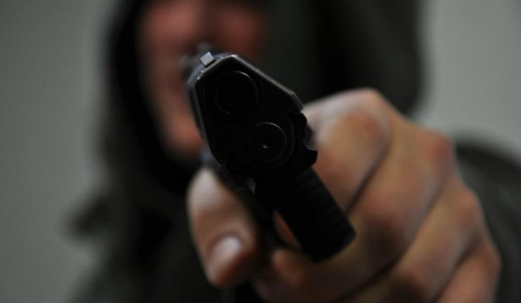 Ужас в спальном районе. В Челябинске открыли стрельбу во дворе дома