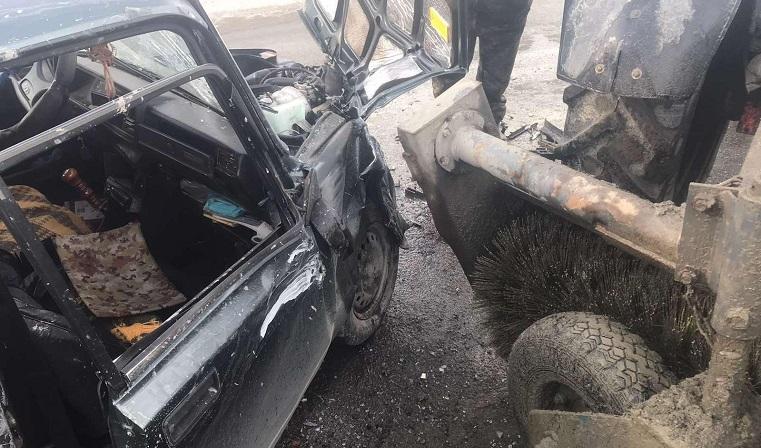 Попал под трактор. Серьезная авария произошла под Челябинском