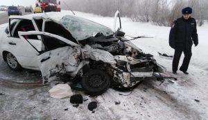 Смертельный обгон. В лобовой аварии на Южном Урале погибли 2 человека