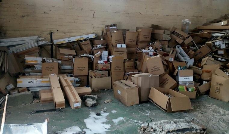 «Местные жители дышали этим». В Челябинской области найден склад с ядовитыми отходами