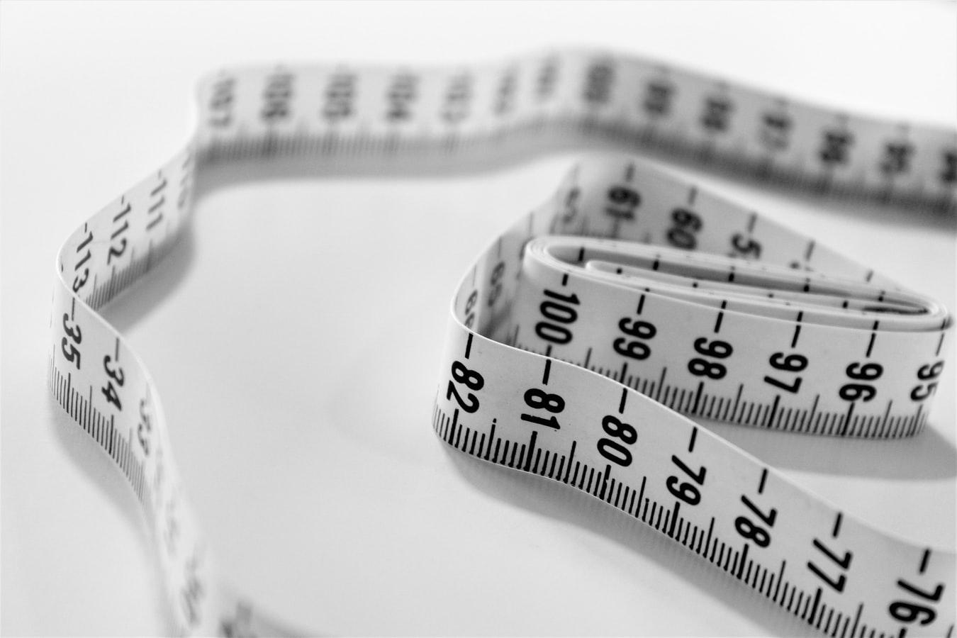 Лишний жир. 8 причин, из-за которых у мужчин растет живот