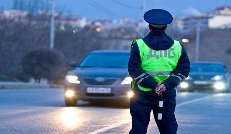 «Опозорил полицию». На Урале сотрудника ДПС арестовали за связь с 12-летней девочкой