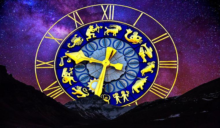 Гороскоп на апрель 2021: астрологи рассказали, жизнь каких знаков круто изменится