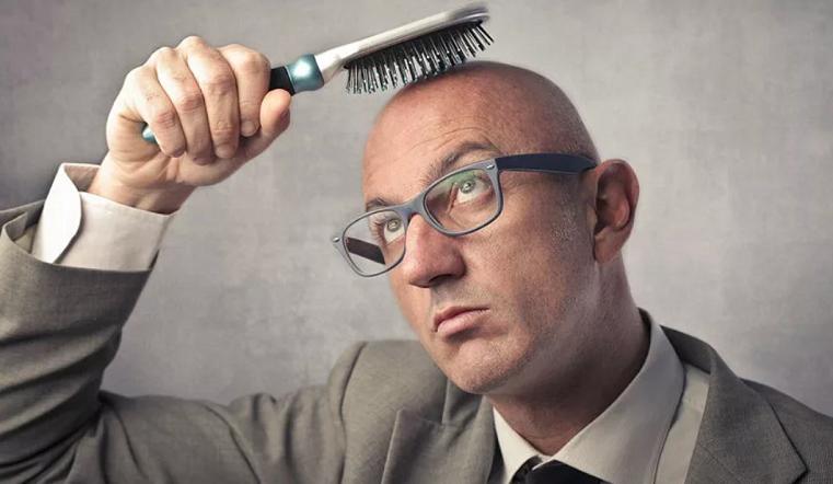 Как остановить. 10 мифов о выпадении волос и облысении