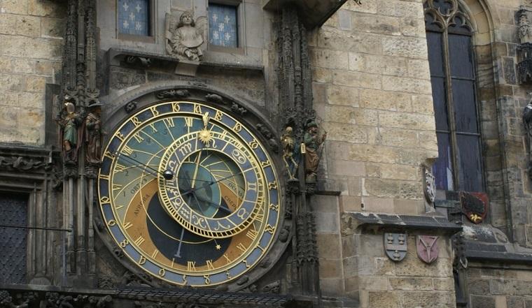 Гороскоп на 2 мая. Астрологи назвали 3 знака, которых ждет ошеломляющий успех