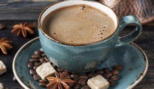 Наслаждаться с умом. Ученые выяснили, какой кофе может продлить жизнь