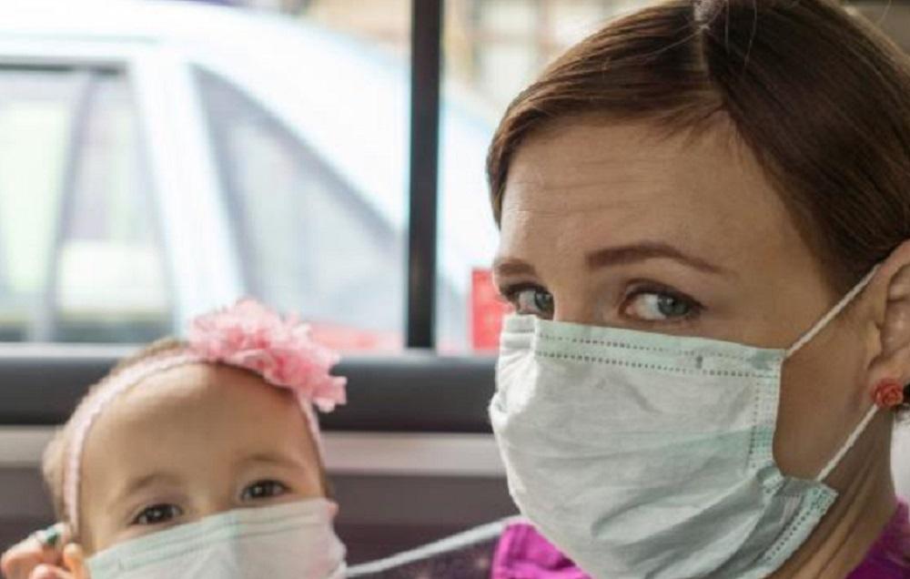 Мамы против вируса. Должен ли ребенок носить маску во время пандемии COVID-19