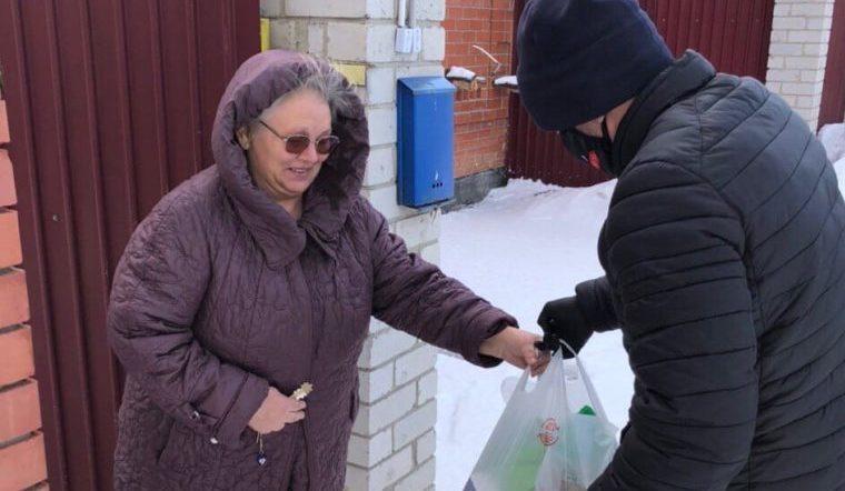 Помощь с ринга. Кикбоксеры-волонтеры из Челябинска прославились на весь мир