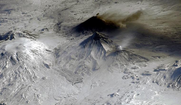 НЛО или древние люди. Российский космонавт раскрыл тайну огромных рисунков в Перу