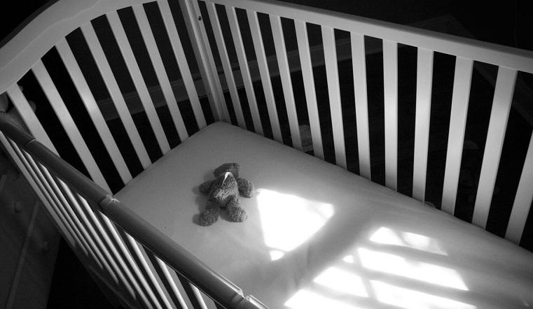 Задохнулся в кроватке. В Челябинске врачи спасли 3-летнего ребенка