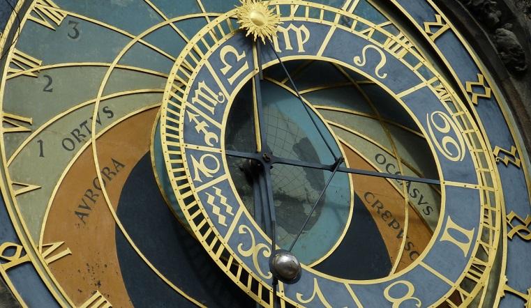 Гороскоп на 9 мая. Астрологи назвали 3 знака, которые обречены на успех