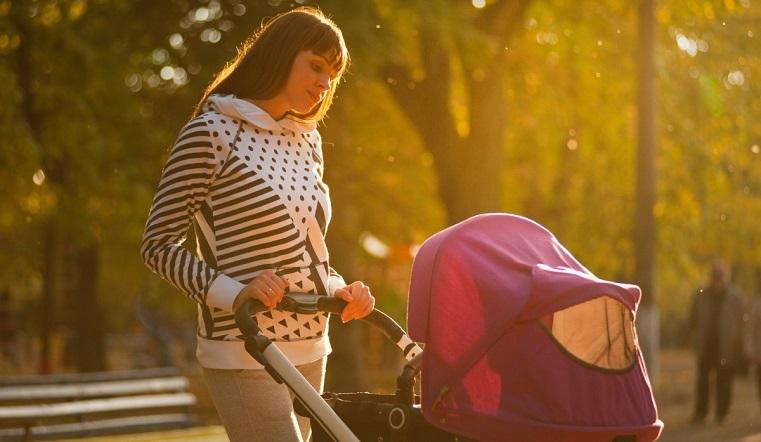 На Урале новорожденная малышка получила сильнейшие солнечные ожоги в коляске