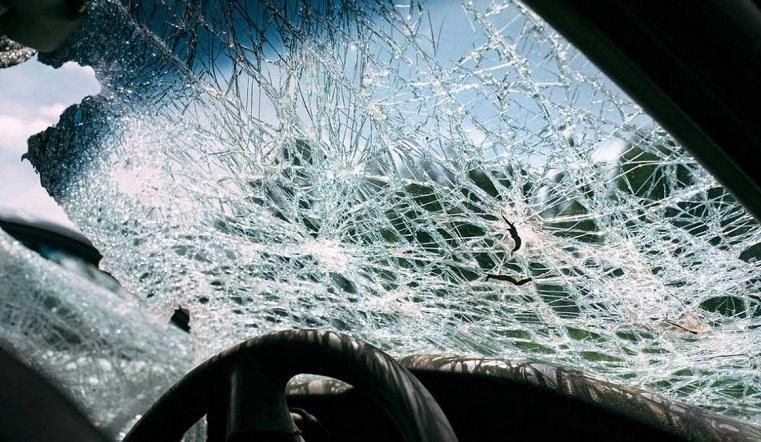 Ищут полиция и автовладельцы. В Челябинской области неизвестные повредили больше 30 машин