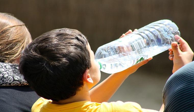 Страх намочить манту и не выпить 2 литра воды. Эксперты разоблачили медицинские мифы