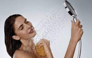 Плохо пахнут и привлекают бактерии. 5 самых грязных мест на теле