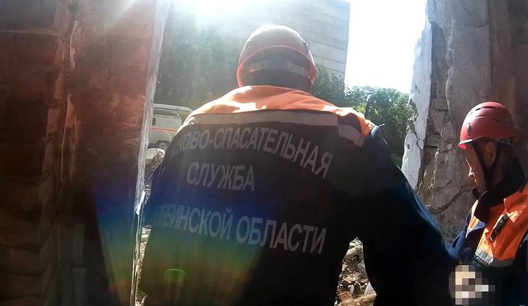 Сорвалась с 4 этажа. На Южном Урале любительница селфи упала во время фотосессии