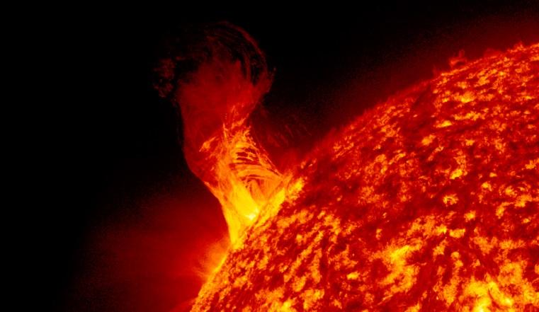 Магнитные бури 2020. Ураган из жгучей плазмы накроет Землю