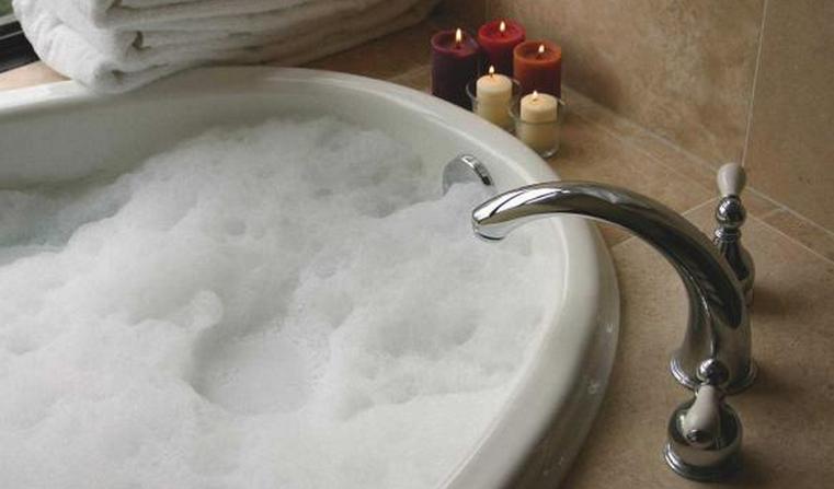 Холодный или горячий. Ученые вычислили оптимальную температуру воды в душе