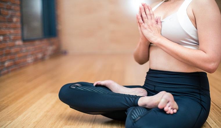 yoga 3053488 1920