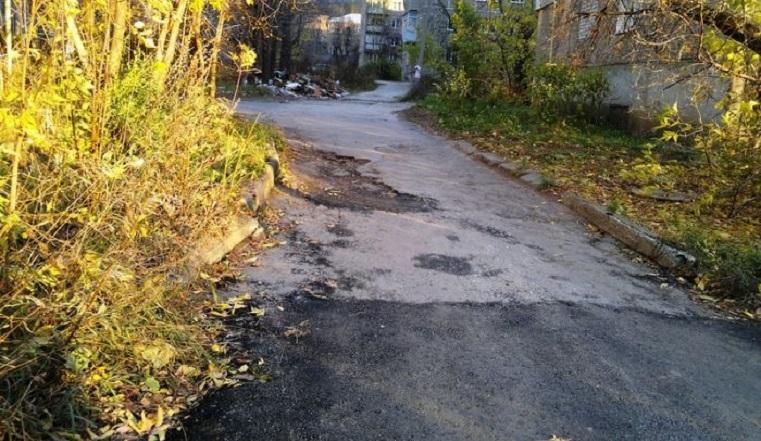 Заделают все ямы. На ремонт дорог в Златоусте потратят 39 миллионов рублей
