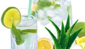 Лучше воды. 5 напитков, которые быстро восстановят в жару
