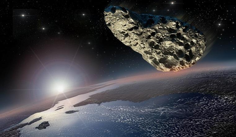 Размером с 17 небоскребов. Гигантский астероид несется к Земле