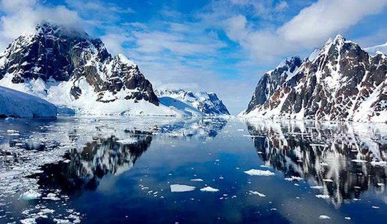 Загадочно и страшно. В Антарктиде обнаружили утечку метана с морского дна