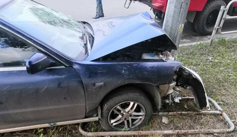 Жесткое торможение. В Челябинске пассажирка пробила головой лобовое стекло иномарки
