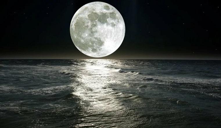 Лунное затмение 2020. К чему готовиться и чего ждать от Грозовой Луны