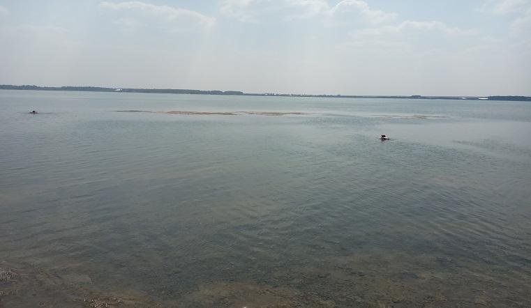 Зеленое нечто. Жителей Урала испугала странная вода в озерах