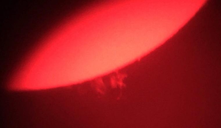 Магнитные бури 2020. От Солнца оторвался гигантский шар раскаленной плазмы