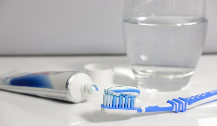 Болезни грязного рта. Врачи объяснили, почему опасно не чистить зубы