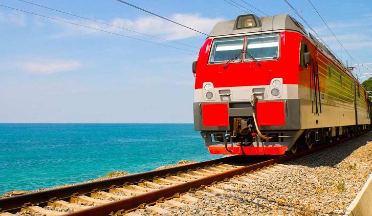 Поезда идут на юг. Челябинск и Черное море свяжут дополнительные составы