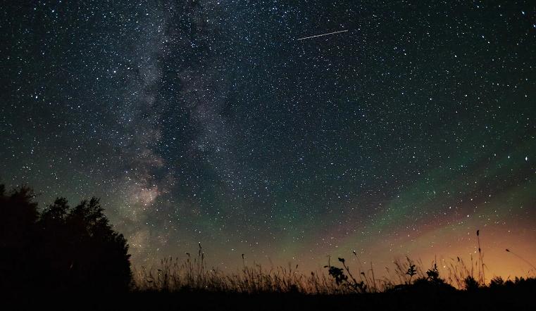 Загадываем желания. Где и как в августе можно увидеть сотни падающих звезд