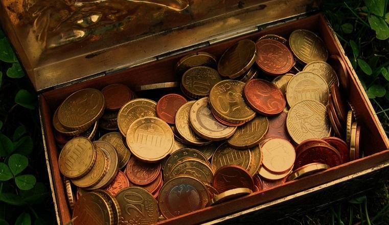 Избранные: какие знаки зодиака будут купаться в деньгах. Гороскоп на 10 августа
