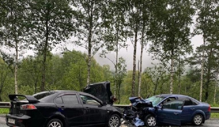 Металлический фарш. В лобовом ДТП на Южном Урале разбились 3 человека