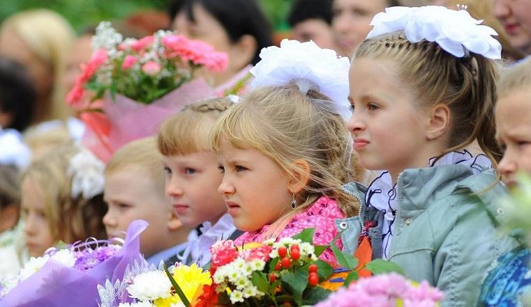 Праздник не для всех. В Челябинской области меняют формат школьных линеек