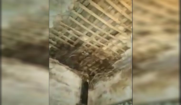 Собирался принять душ. В Челябинской области потолок рухнул на ребенка