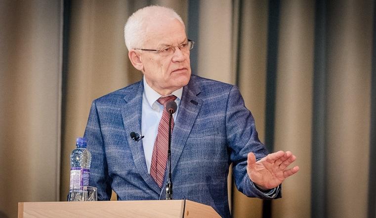 Гордость Челябинской области. Ученому-физику присвоили звание Героя Труда