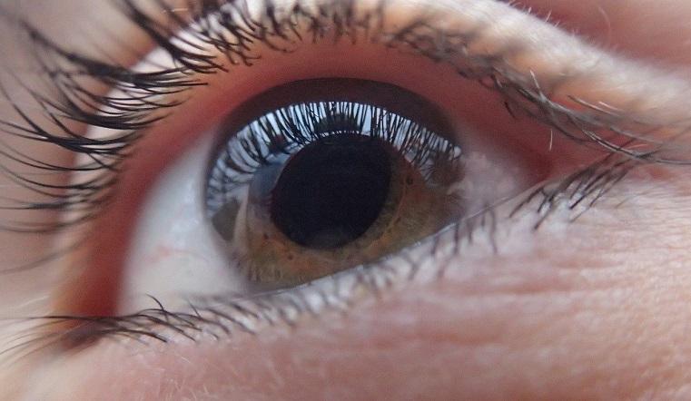 Уникальная операция. Челябинские врачи восстановили зрение ребенку со сложной патологией