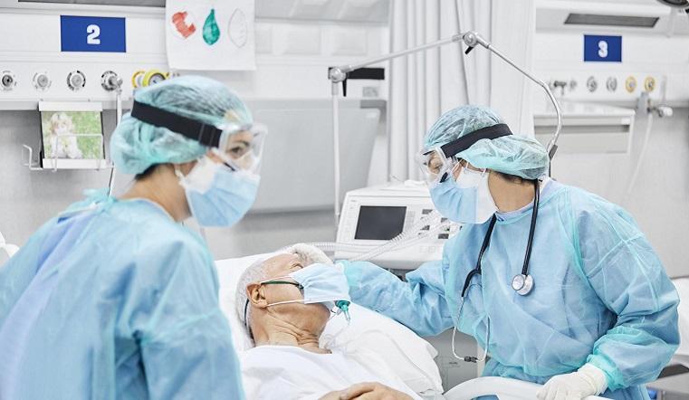 Бесплатные лекарства и замеры кислорода в крови. Новые меры против коронавируса в Челябинской области